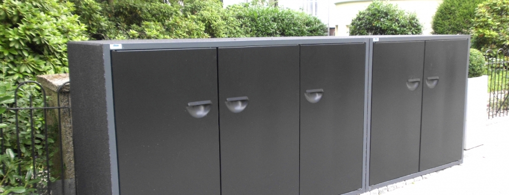 Müllschrank im Vorgarten abschließbar