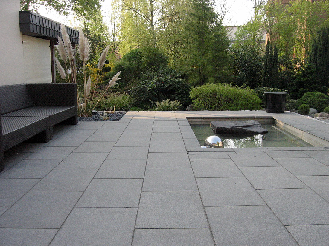 Natursteinarbeiten mit granit und sandstein reinhard sch fer garten und landschaftsbau gmbh - Gartengestaltung mit sandstein ...